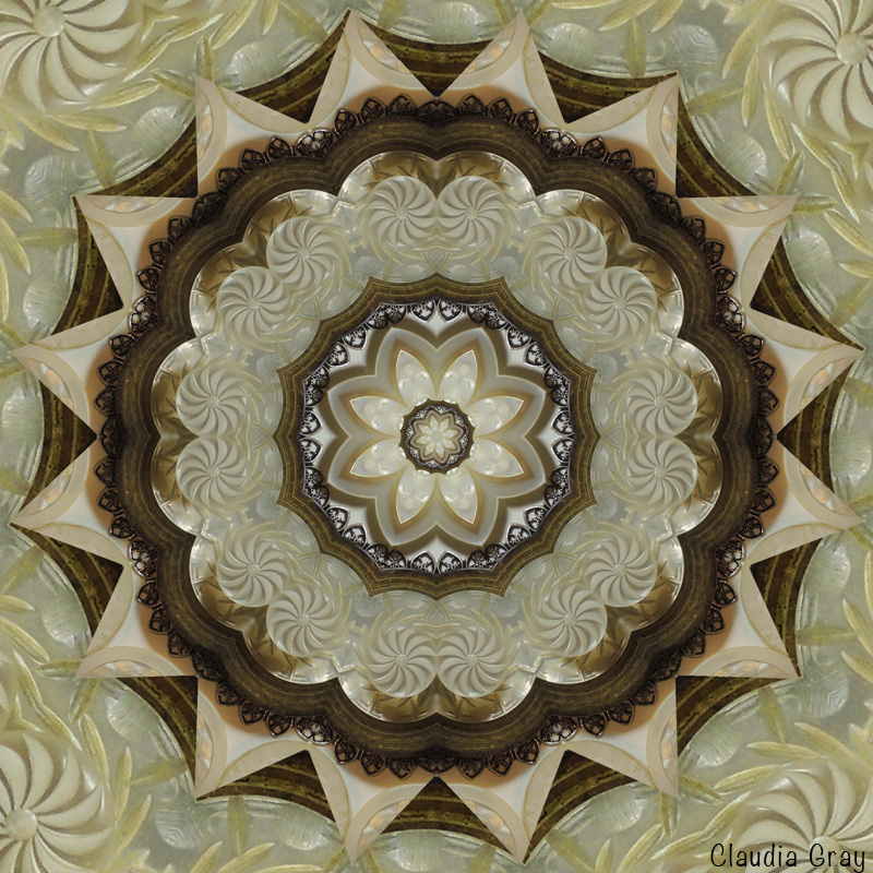 2-claudia-button-mandala