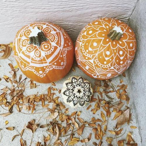 3-PumpkinWhiteDetails.jpg